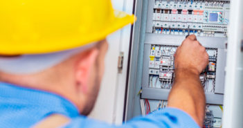 finde en billig elektriker i nærheden
